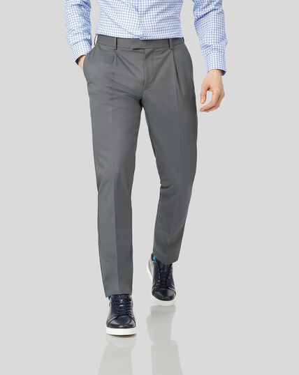 Single Pleat Non-Iron Chinos - Grey