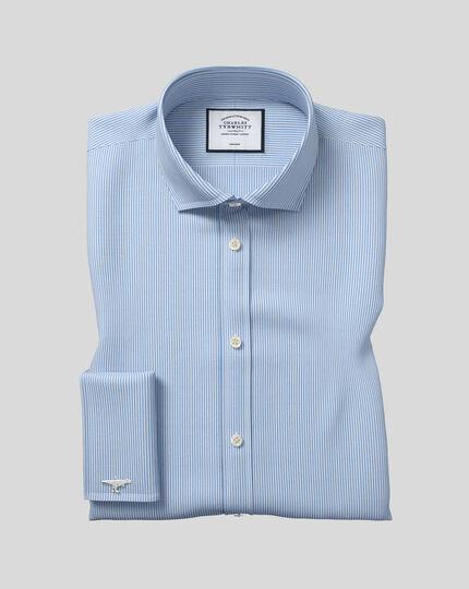 Bügelfreies Hemd mit Haifischkragen und Bengal-Streifen - Himmelblau