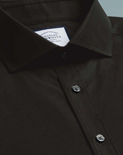 Bügelfreies Slim Fit Popeline-Hemd mit Haifischkragen in Schwarz