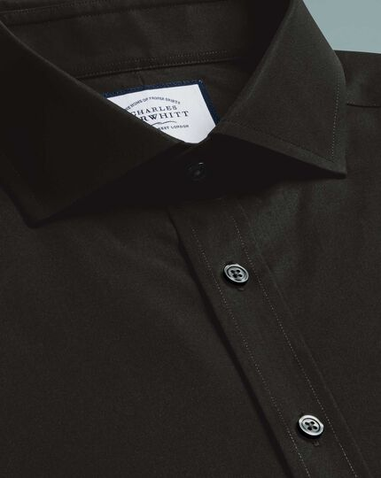 Slim fit cutaway collar black non-iron poplin shirt