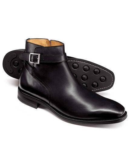 Black jodhpur boots