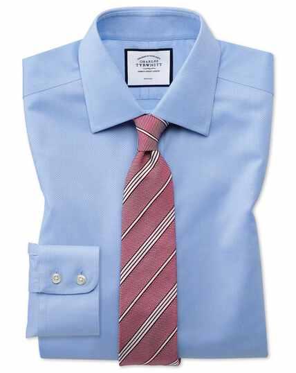 Bügelfreies Classic Fit Hemd aus Triangle Gewebe in Himmelblau