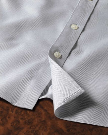 Extra slim fit spread collar non-iron herringbone grey shirt