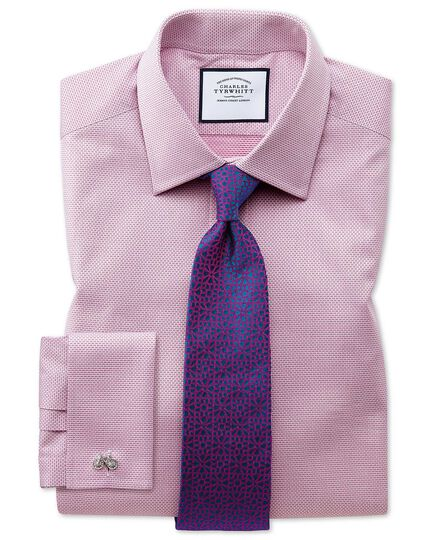 Slim Fit Hemd aus ägyptischer Baumwolle mit Panamabindung in Magenta