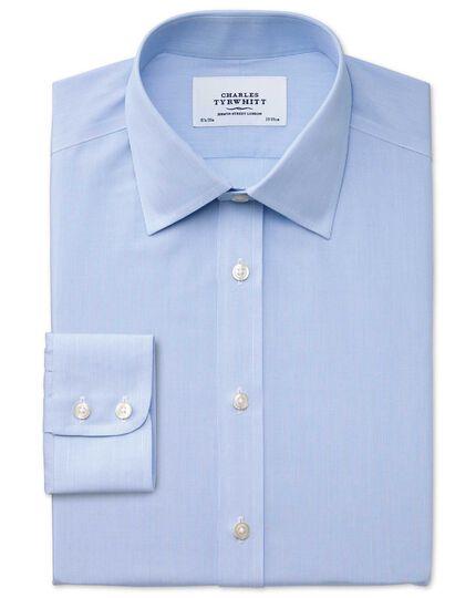 Chemise bleu ciel slim fit à rayures et motif milleraies sans repassage