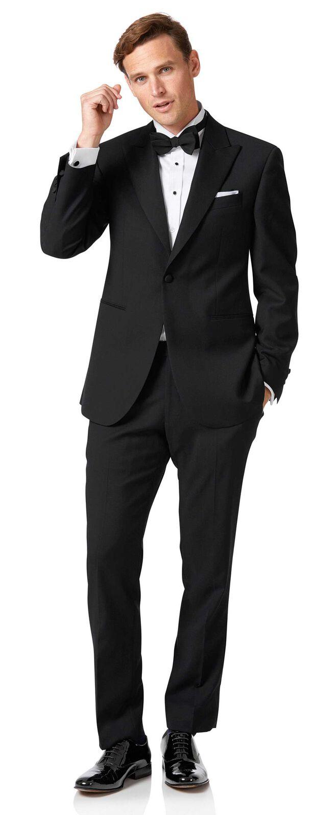 Black classic fit peak lapel dinner suit