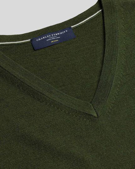 Merinopullover mit V-Ausschnitt - Olivgrün