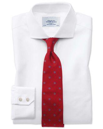 Extra Slim Fit Kavallerie-Twill Hemd aus ägyptischer Baumwolle mit Haifischkragen in Weiß