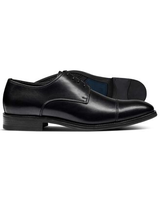 Black performance Derby toe cap shoe