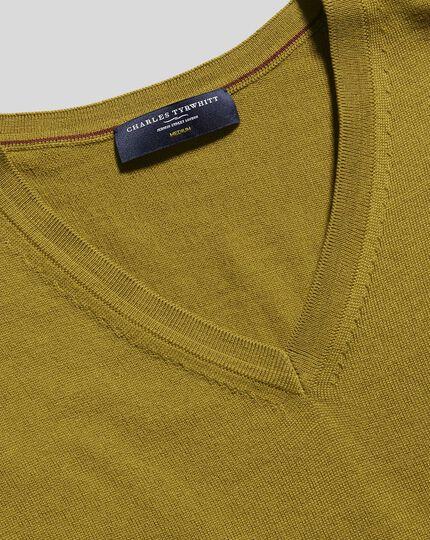 Merino V-Neck Jumper - Chartreuse