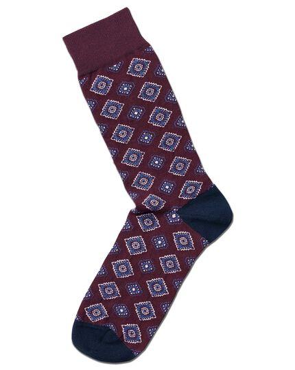 Burgundy tie motif socks