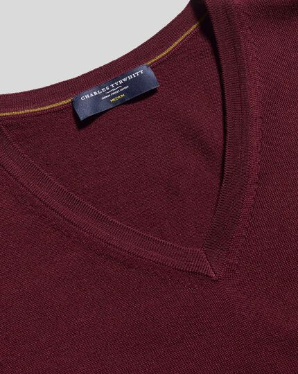Merino V-Neck Sweater - Burgundy