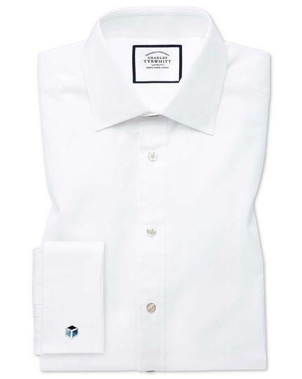 Classic fit white fine herringbone shirt