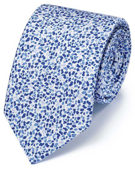 Italienische Luxuskrawatte aus Seide mit Blumenmuster in Blau