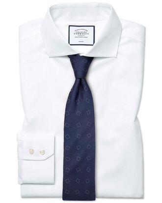 Bügelfreies Classic Fit Popeline-Hemd mit Haifischkragen in Weiß