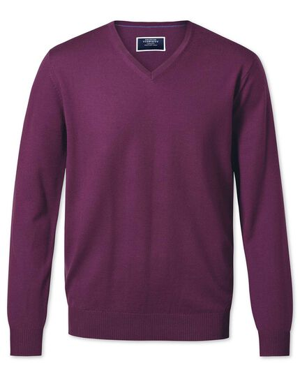 Dark purple v-neck merino sweater