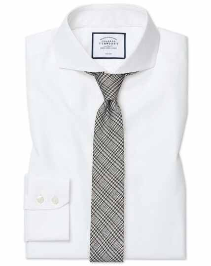Extra slim fit white non-iron twill extreme spread collar shirt