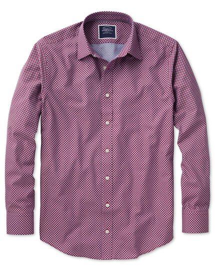 Bügelfreies Slim Fit Hemd aus Chambray-Stoff mit Punkten in Beerenrot