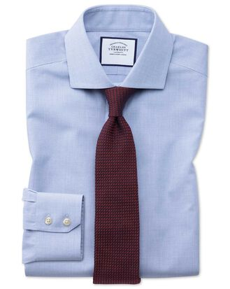 Bügelfreies Extra Slim Fit Hemd mit Haifischkragen und Hahnentrittmuster in Himmelblau