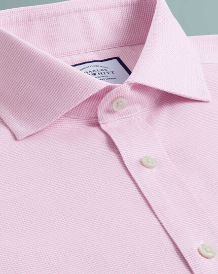 Bügelfreies Slim Fit Oxfordhemd mit Stretch und Haifischkragen in Rosa