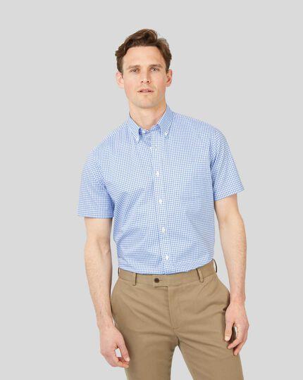 Bügelfreies Popeline-Kurzarmhemd aus Stretchgewebe mit Button-down-Kragen und Gingham-Karos - Himmelblau