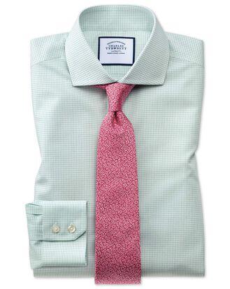 Bügelfreies Slim Fit Natural Cool Hemd mit Haifischkragen und Mini-Karos in Grün