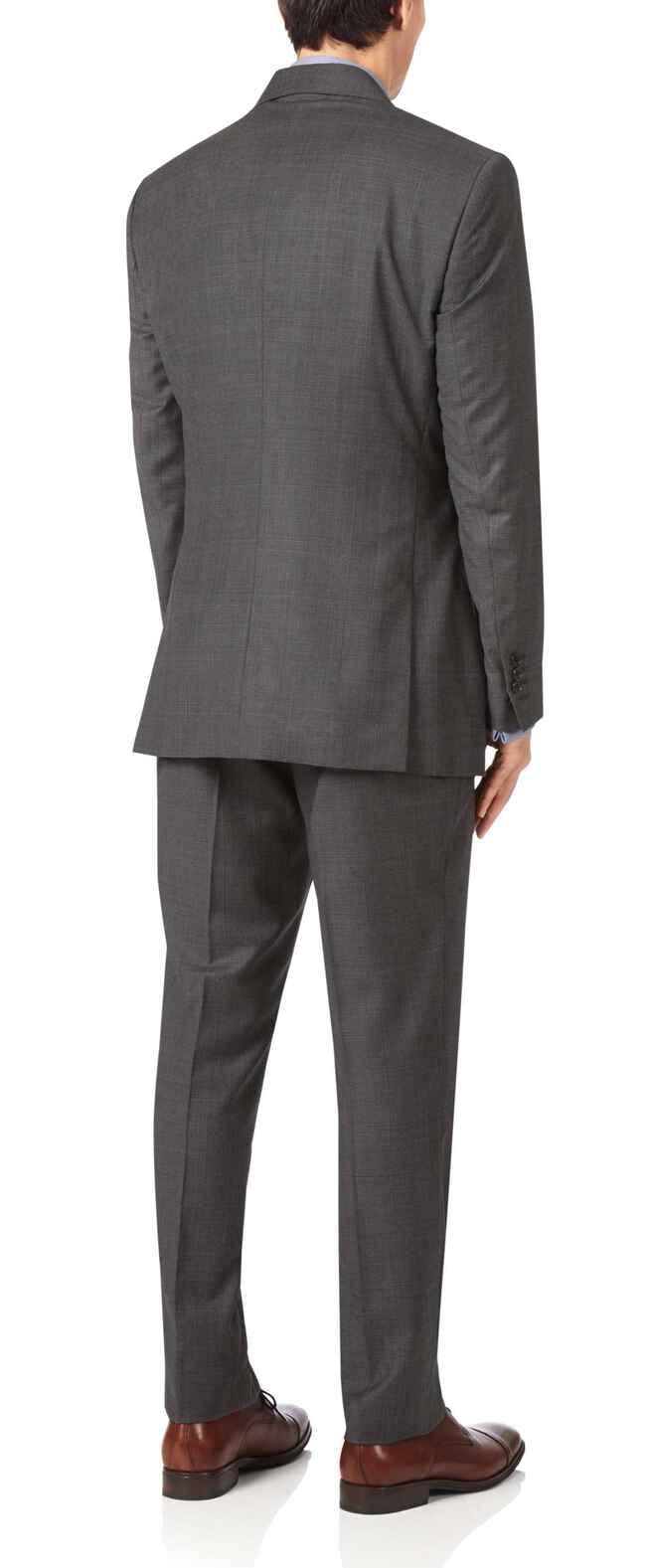 Costume grise en luxueux tissu italien slim fit à carreaux