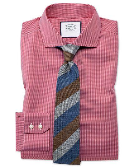 Bügelfreies Slim Fit Hemd mit Haifischkragen und Hahnentrittmuster in kräftigem Rosa