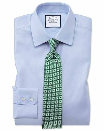 Bügelfreies Classic Fit Hemd aus Stepweave-Gewebe in Himmelblau