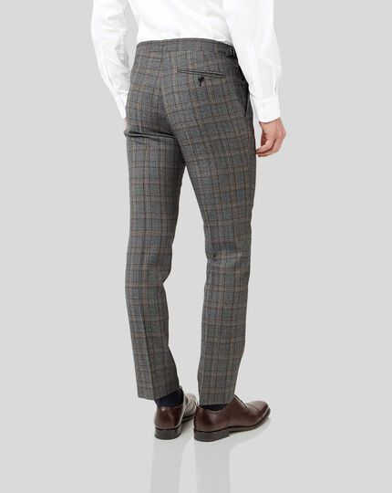 British Luxury Check Suit - Grey & Tan