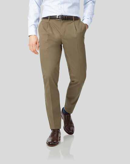 Single Pleat Non-Iron Chinos - Fawn