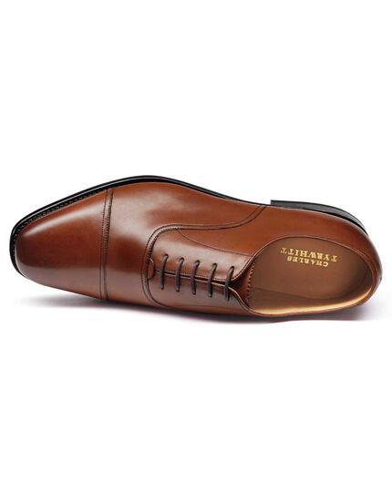 Chaussures Oxford fauves à bout rapporté et cousu Goodyear