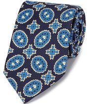 Englische Luxuskrawatte aus Seide mit Medallion-Print in Marineblau und Blau