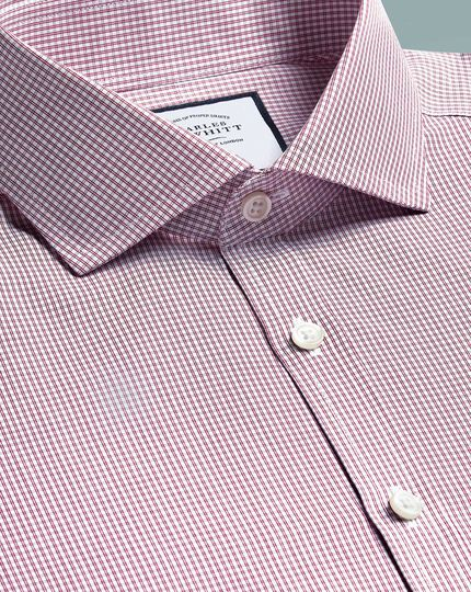 Super slim fit cutaway non-iron Tyrwhitt Cool poplin berry check shirt
