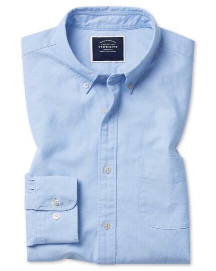 Chemise en oxford bleu ciel délavé coupe droite à col boutonné