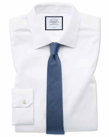 Bügelfreies Super Slim Fit Hemd aus Triangle Gewebe in Weiß