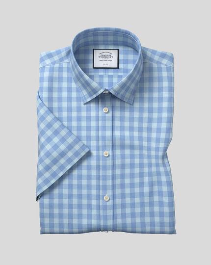 Chemise popeline Tyrwhitt Cool à carreaux, col classique et manches courtes sans repassage - Bleu ciel et bleu