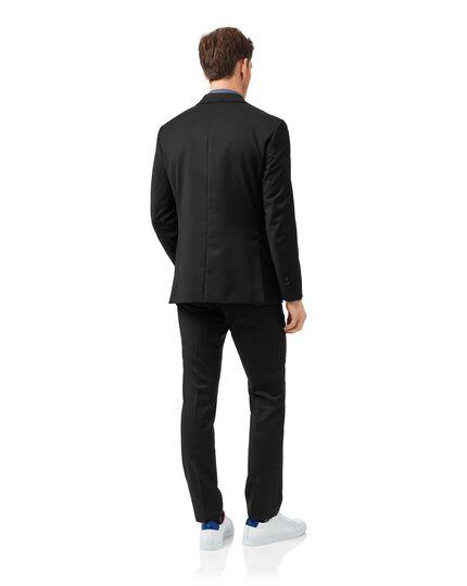 Italianischer Slim Fit Anzug mit Natural Stretch in Schwarz