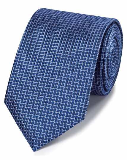 Cravate classique bleue en soie