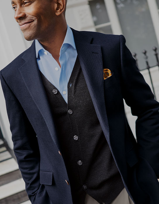 Man wearing a blue blazer