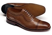 Brogue toe cap shoe pattern