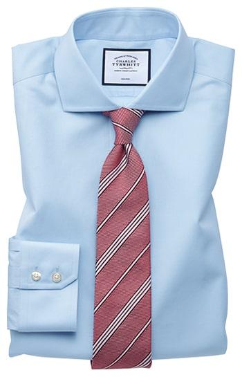 Ein hemd in Blau