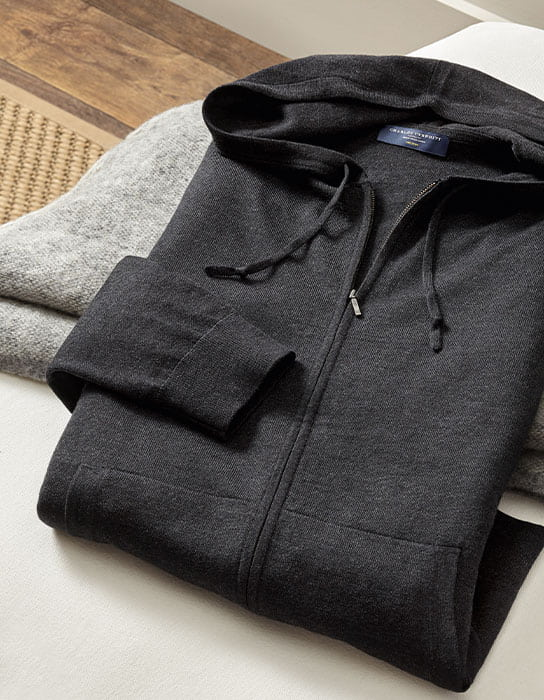 grey hooded jersey