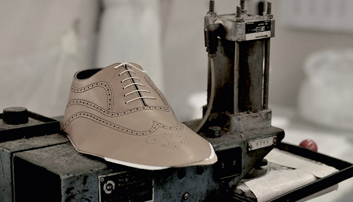 Charles Tyrwhitt shoe making
