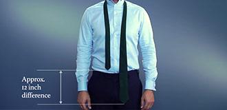 Der Four-in-hand oder einfache Krawattenknoten schritt 1