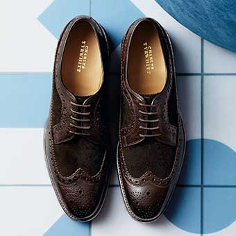 a pair of brogues