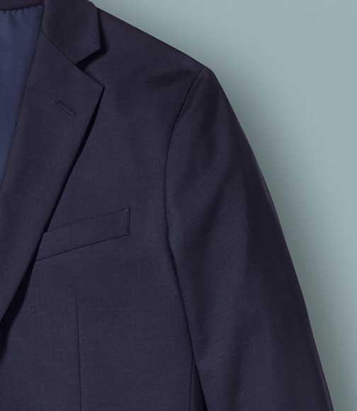 suit detail: soft shoulder construction