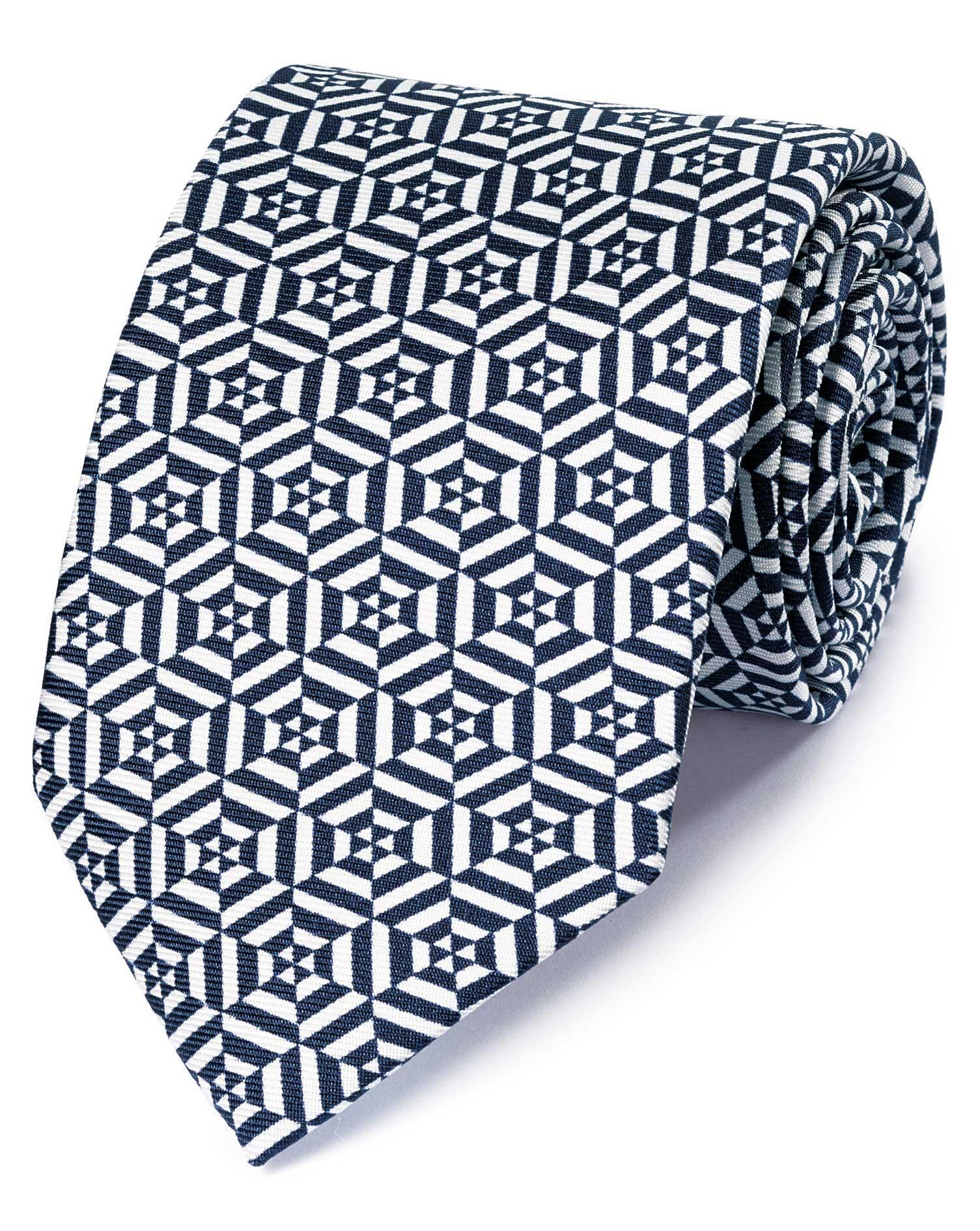 cravate de luxe bleu marine et blanche en soie anglaise motif g om trique charles tyrwhitt. Black Bedroom Furniture Sets. Home Design Ideas