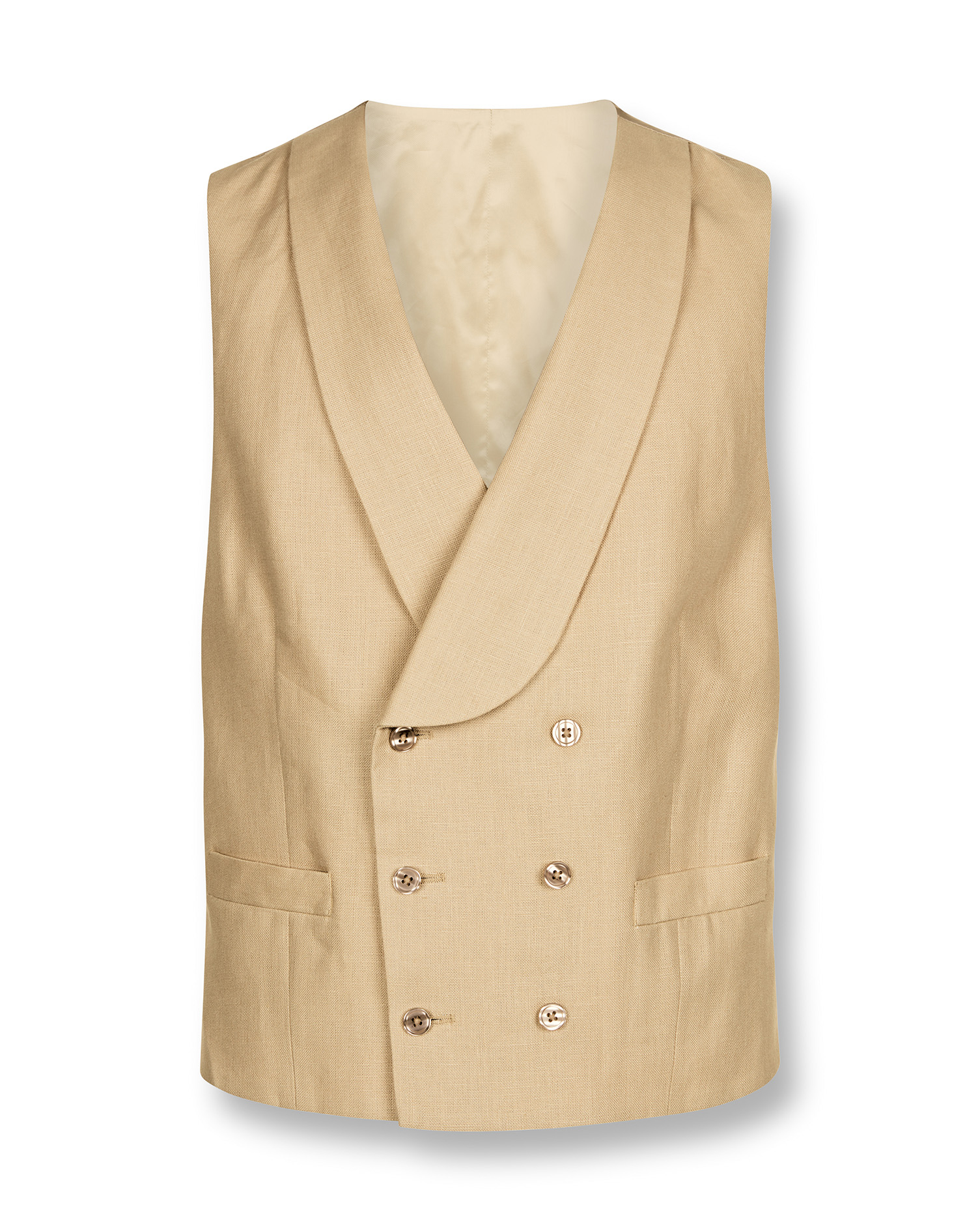 Just like with suits, double-breasted waistcoats are more formal than their single-breasted counterparts and therefore you shouldn't wear double-breasted vests with tweed suits and country clothing.