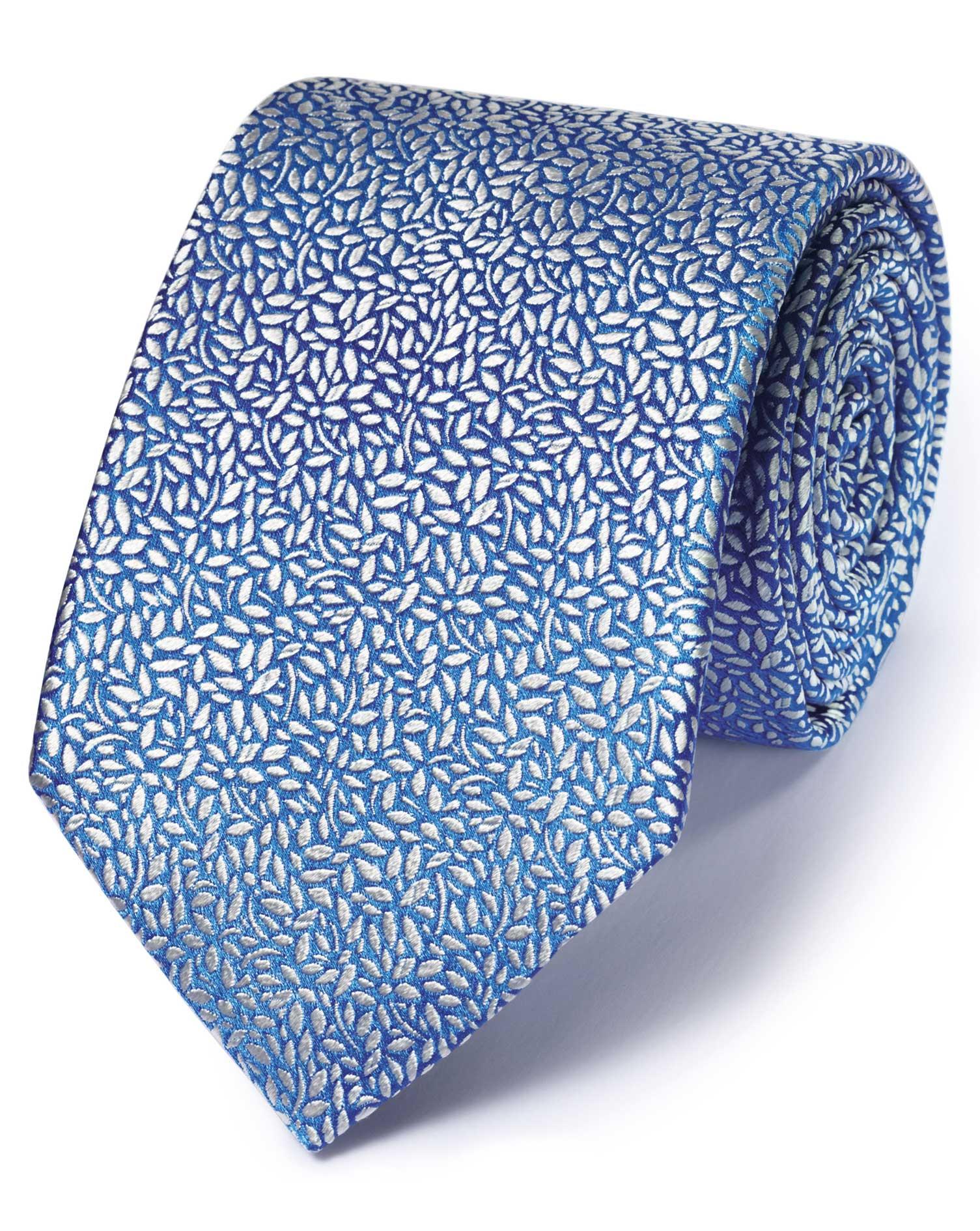 cravate de luxe bleu clair motif floral de feuille en soie anglaise charles tyrwhitt. Black Bedroom Furniture Sets. Home Design Ideas